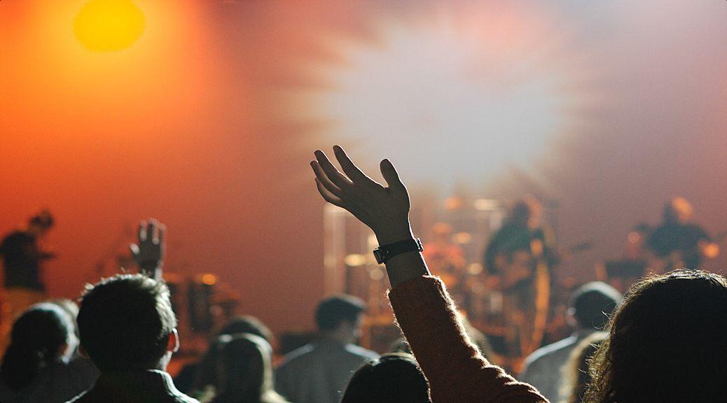 How to manage the discipleship outreach program?